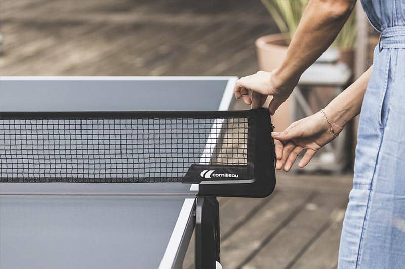 Retractable and tension-adjustable net